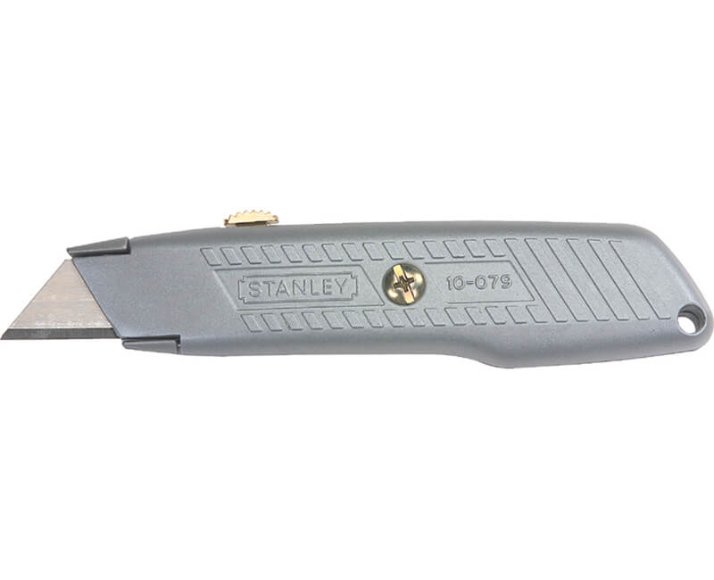 Retractable Utility Knife With Interlock